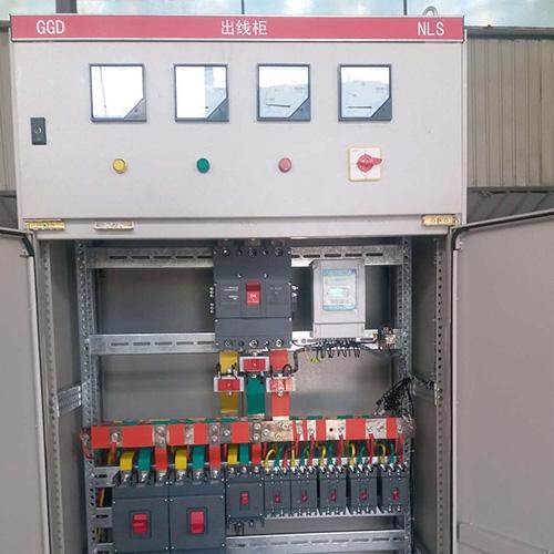 配电柜内的元器材间距和漏电间隔